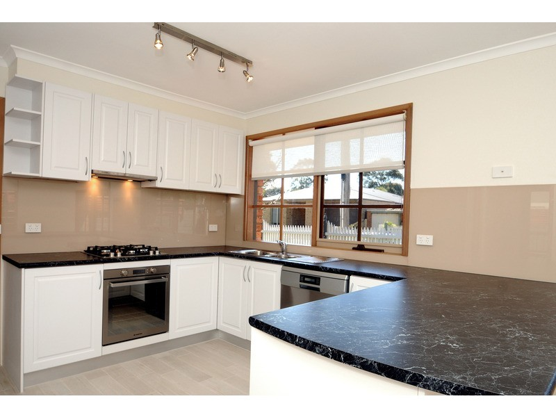 92 Keith Street, Parkdale VIC 3195
