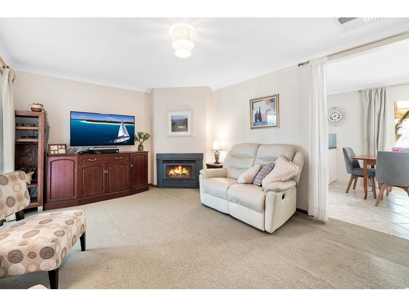 36 Willora Crescent, Cranbourne West VIC 3977