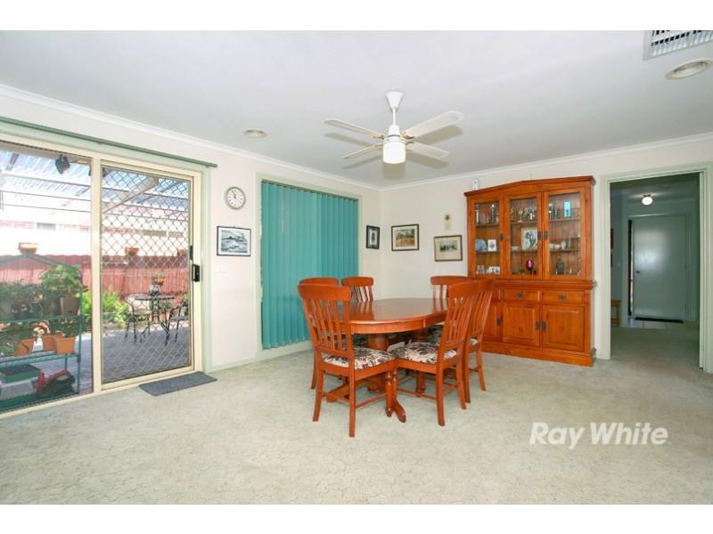 3 Rimes Close, Cranbourne West VIC 3977