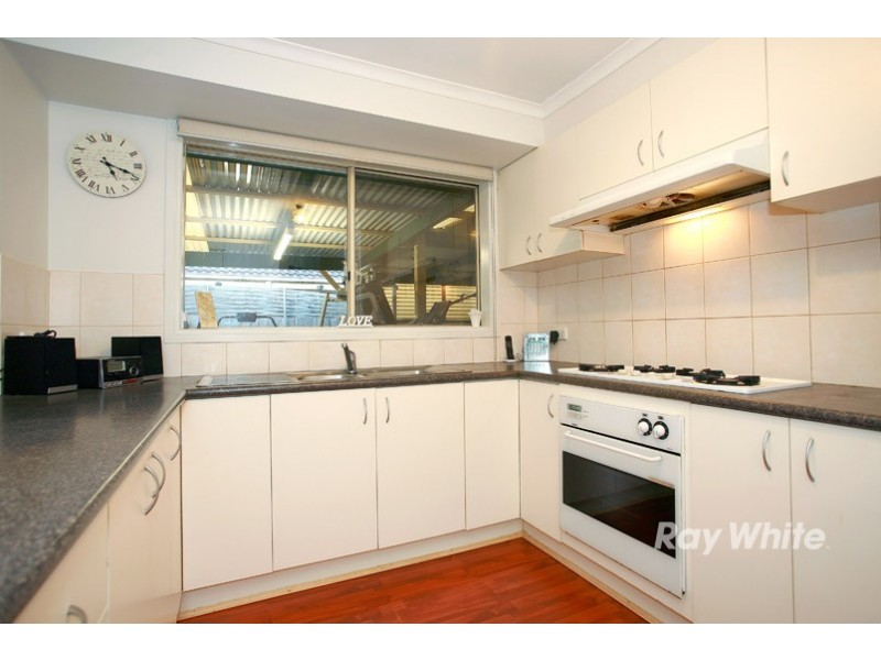 12 Bates Street, Cranbourne West VIC 3977