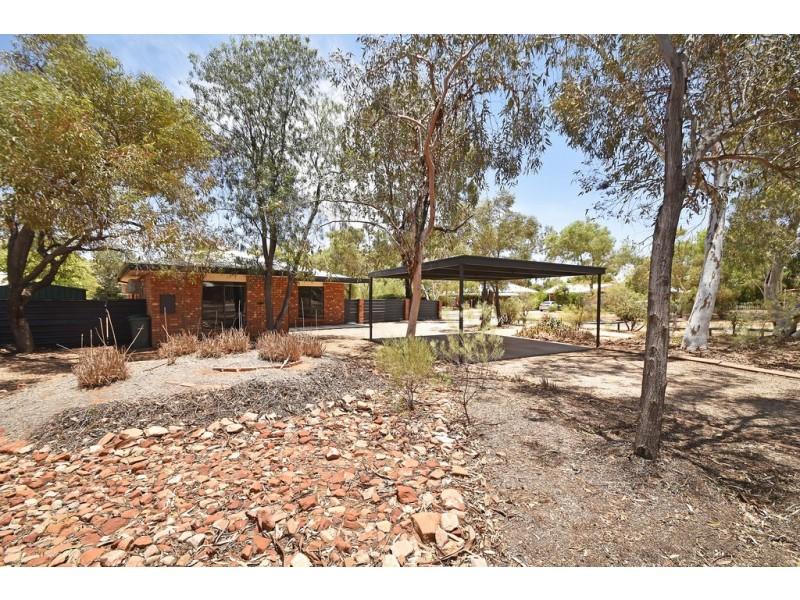 42 The Links, Desert Springs NT 0870