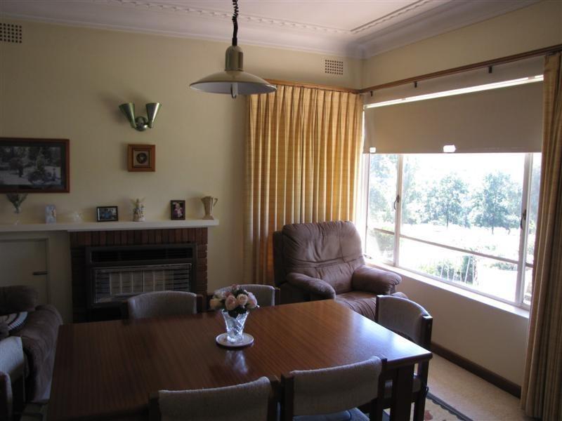 106 Lynch Street, Adelong NSW 2729