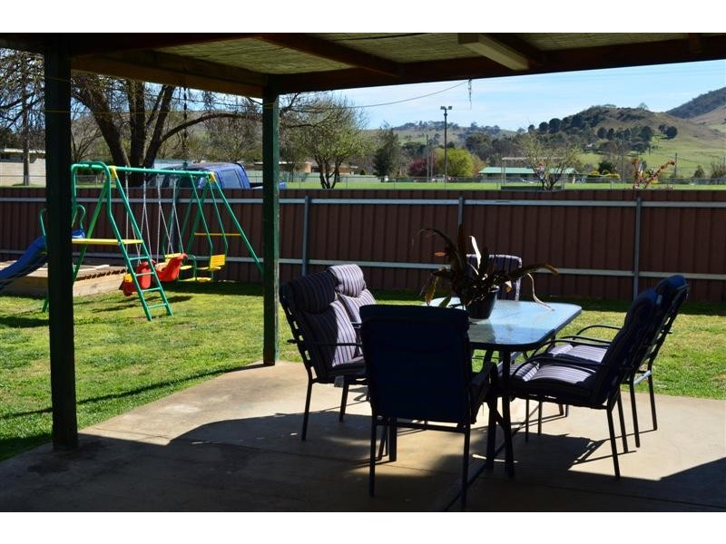 40 Selwyn Street, Adelong NSW 2729