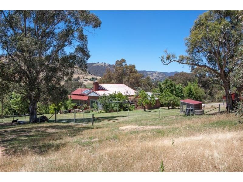 729 Grahamstown Road,, Adelong NSW 2729