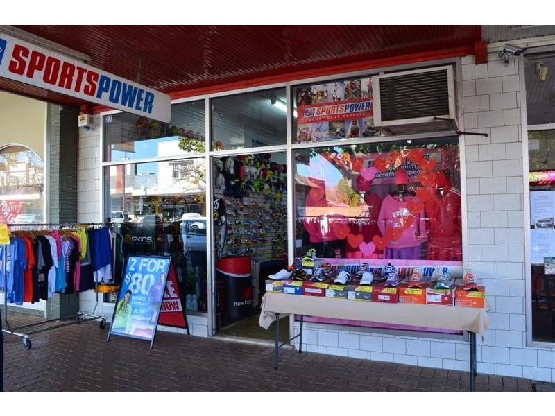 37 Wynyard Street, Tumut NSW 2720