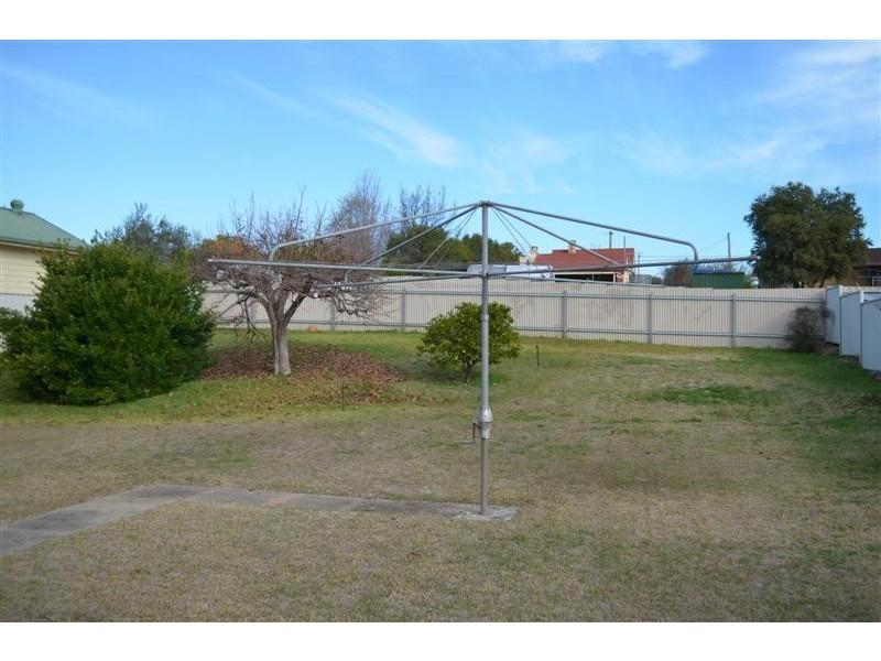 105 Tumut Street, Adelong NSW 2729