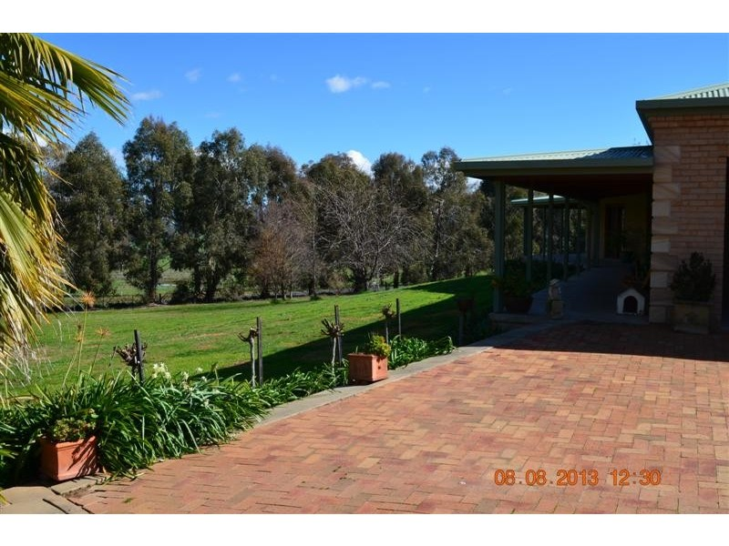 7 Hargreaves Close, Tumut NSW 2720