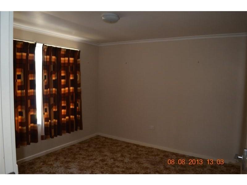 8 Clunie Avenue, Tumut NSW 2720