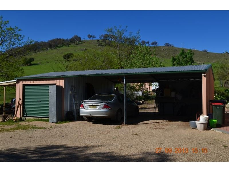 7 Ryans Road, Adelong NSW 2729