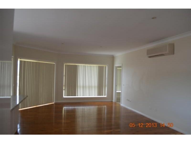64 Howick Street, Tumut NSW 2720