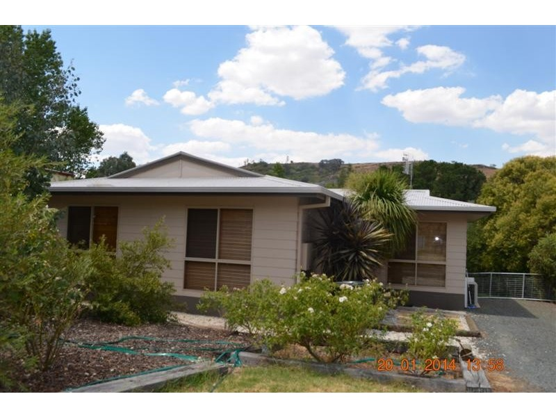 18a Quartz Street, Adelong NSW 2729