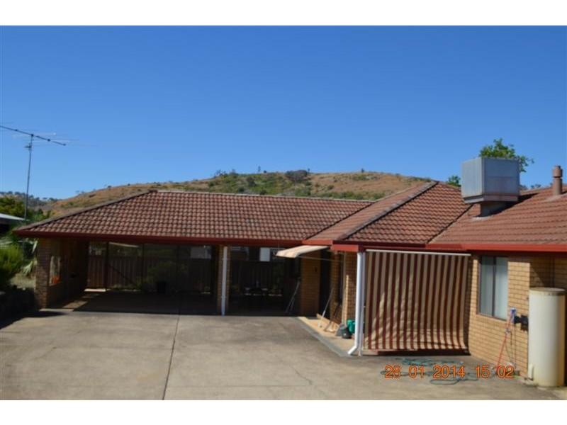 9 Quartz Street, Adelong NSW 2729
