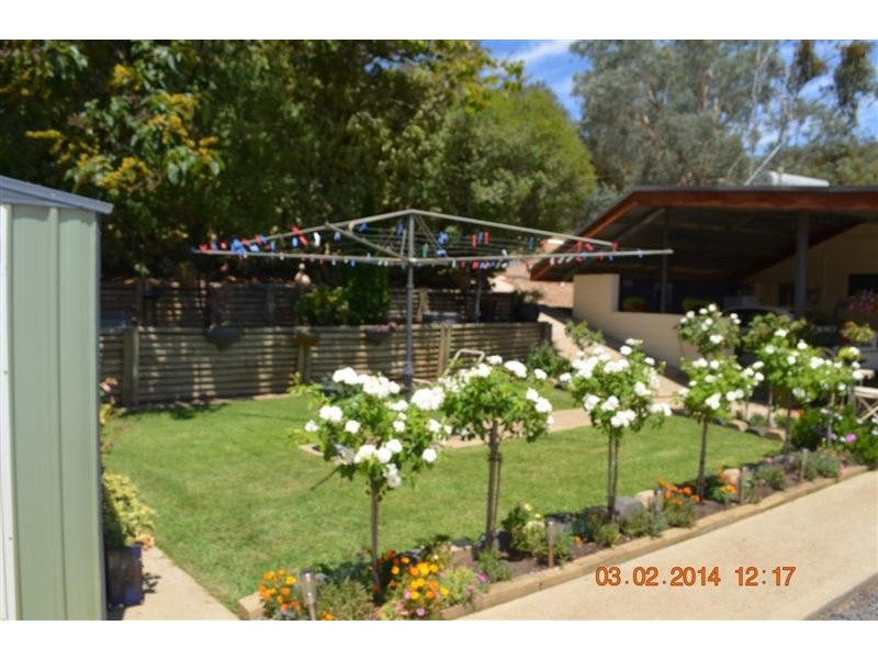 1 Rifle Range Road, Tumut NSW 2720