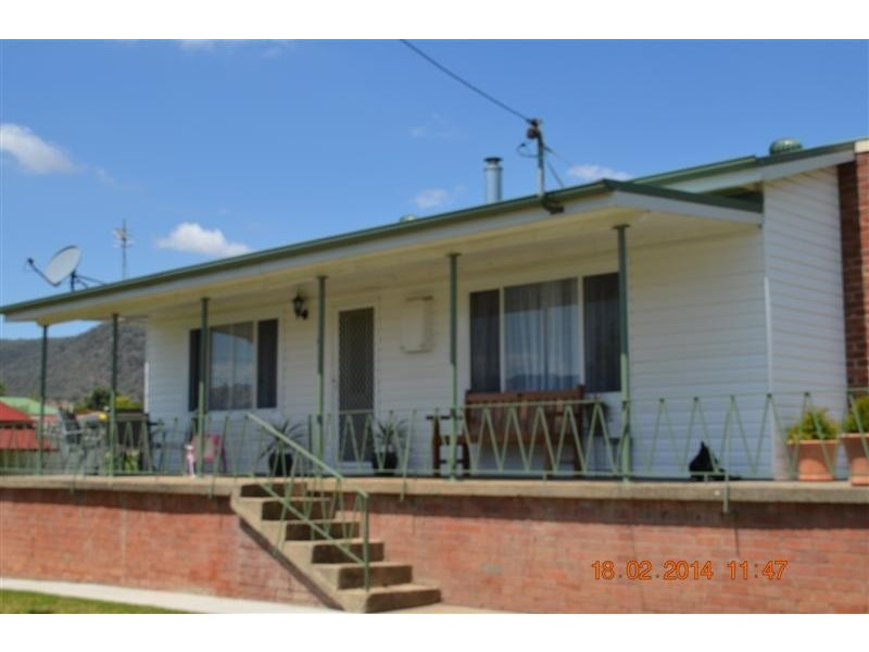 45 Gundagai Street, Adelong NSW 2729