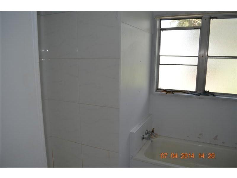 12 Rankin Street, Tumut NSW 2720