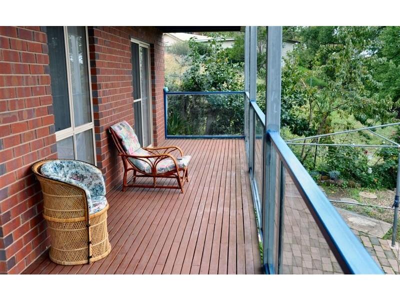 102 Howick Street, Tumut NSW 2720