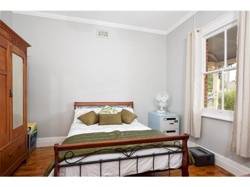 72 Russell Street, Tumut NSW 2720