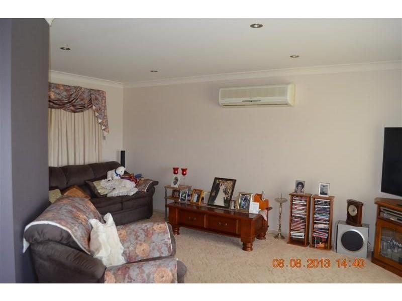 25 Harris Street, Tumut NSW 2720