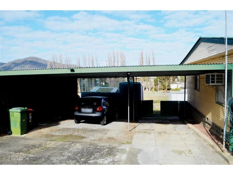 8-10 Bleak Street, Adelong NSW 2729