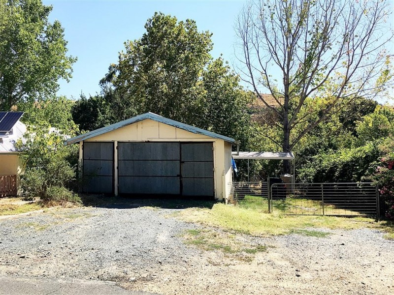 22 Quartz Street, Adelong NSW 2729