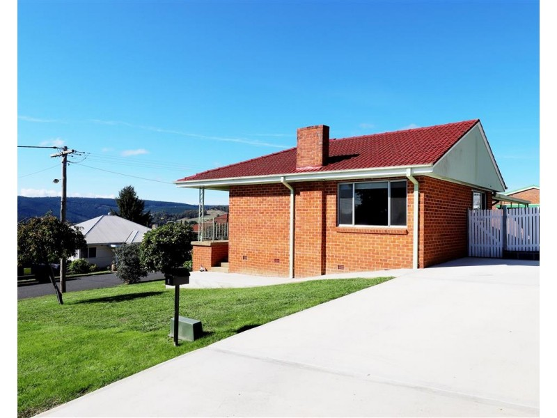1 Mountain Avenue, Batlow NSW 2730