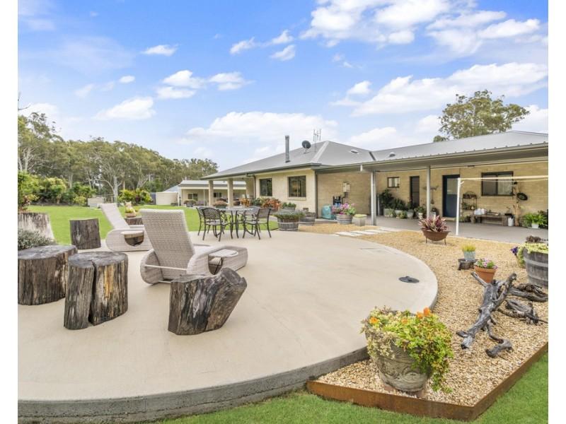 10 Carron Close, Arakoon NSW 2431