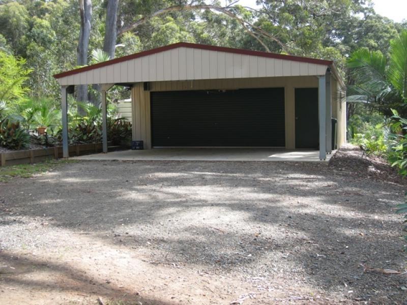 25 Ferntree Cl, Arakoon NSW 2431