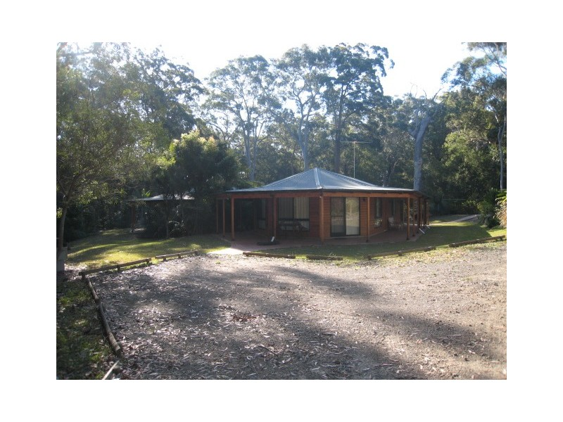 2/27 Palm Grove, Arakoon NSW 2431