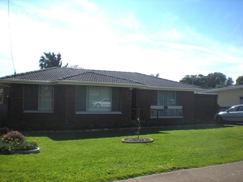 11 Petersen Crescent, Port Noarlunga SA 5167