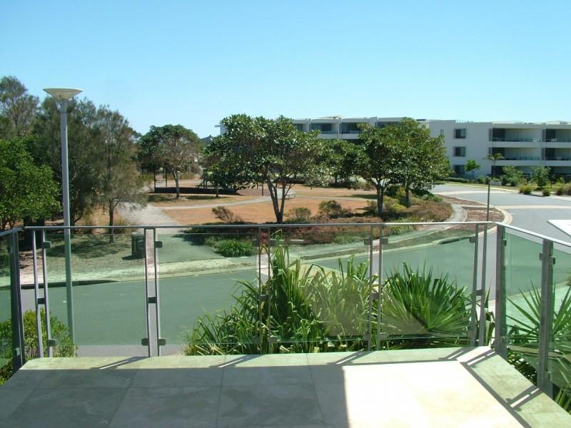 3/6 Chatfield crt, Casuarina NSW 2487