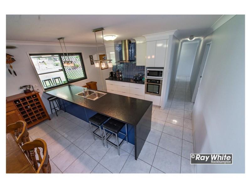 49 Anderson Road, Alton Downs QLD 4702