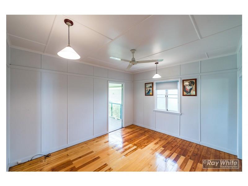 81 Quarry Street, The Range QLD 4700