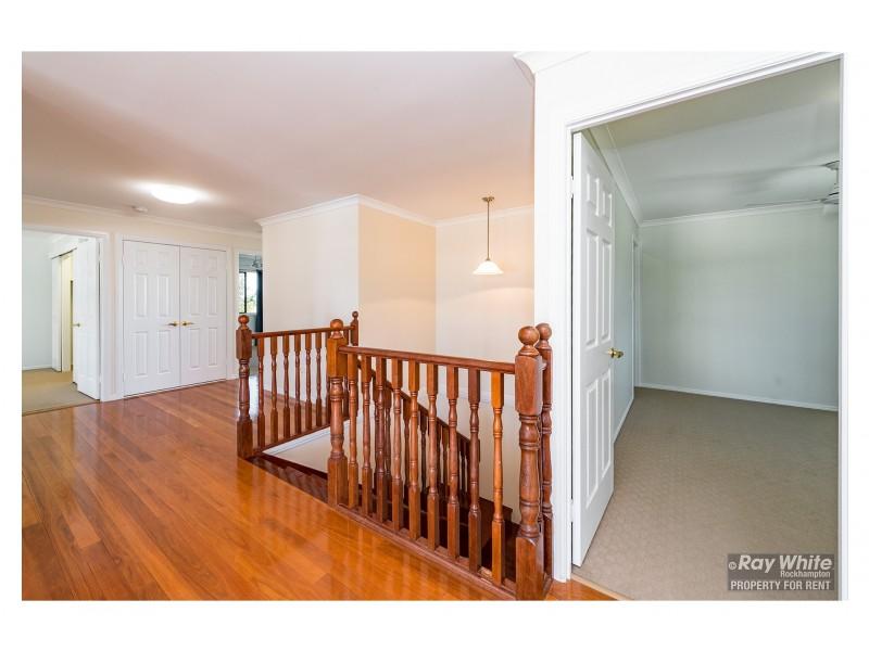 21 Booker Street, Park Avenue QLD 4701