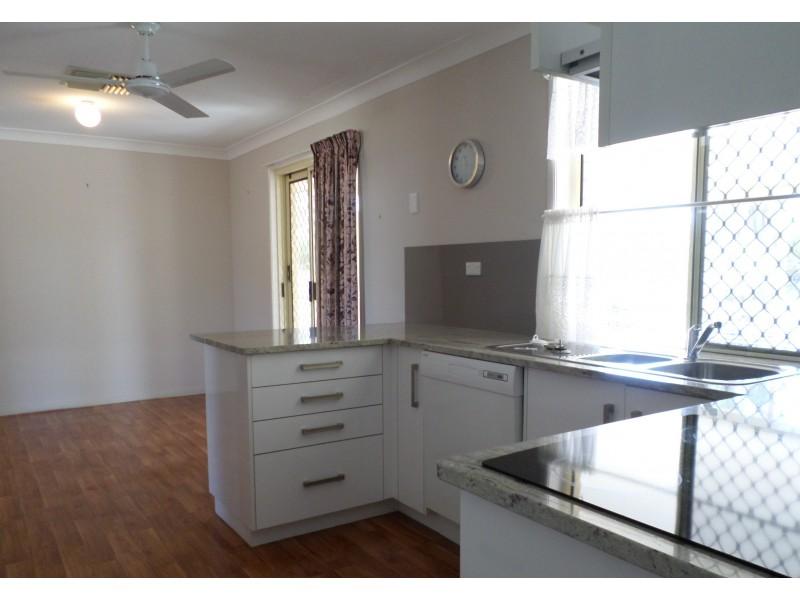 1 Deakin Close, Gracemere QLD 4702