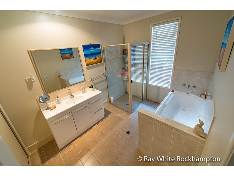 12/10 Eveline Street, Gracemere QLD 4702