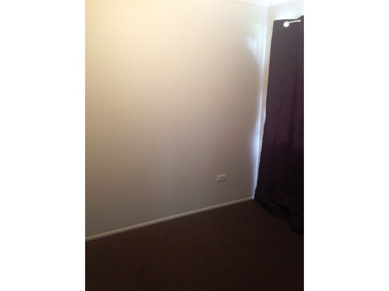 1/2 Locke Street, Kawana QLD 4701