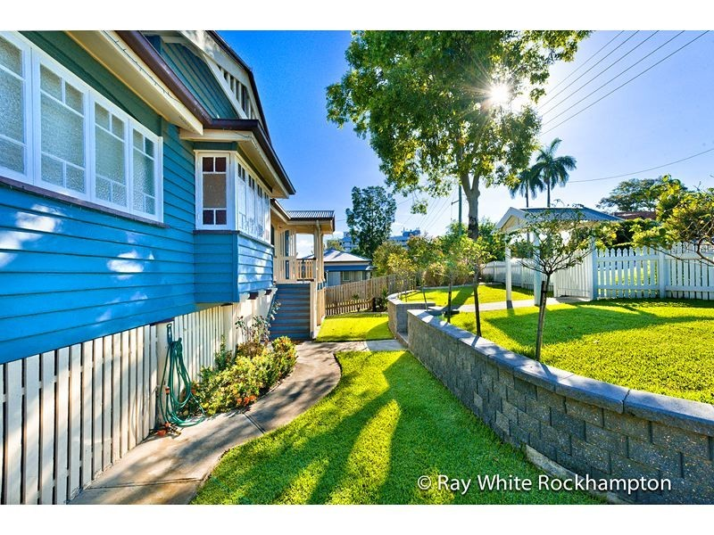 73 Albert Street, The Range QLD 4700