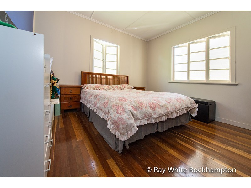 285 Denham Street, The Range QLD 4700
