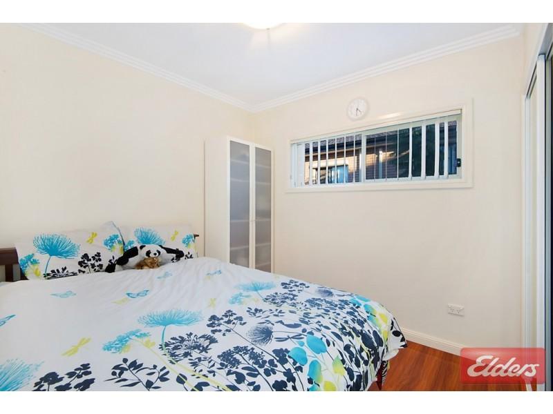 7a Carinya Road, Girraween NSW 2145