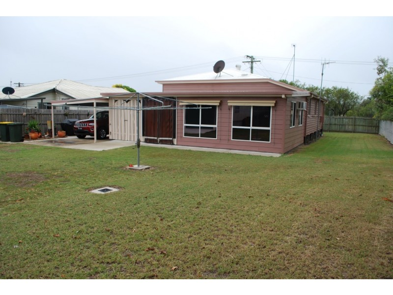 87 Boundary St, Walkervale QLD 4670