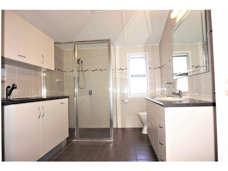 16 Canberra Street, North Mackay QLD 4740