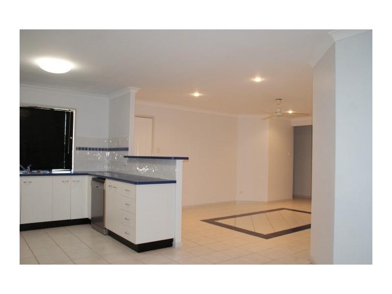 40 Fernleigh Ave, Andergrove QLD 4740