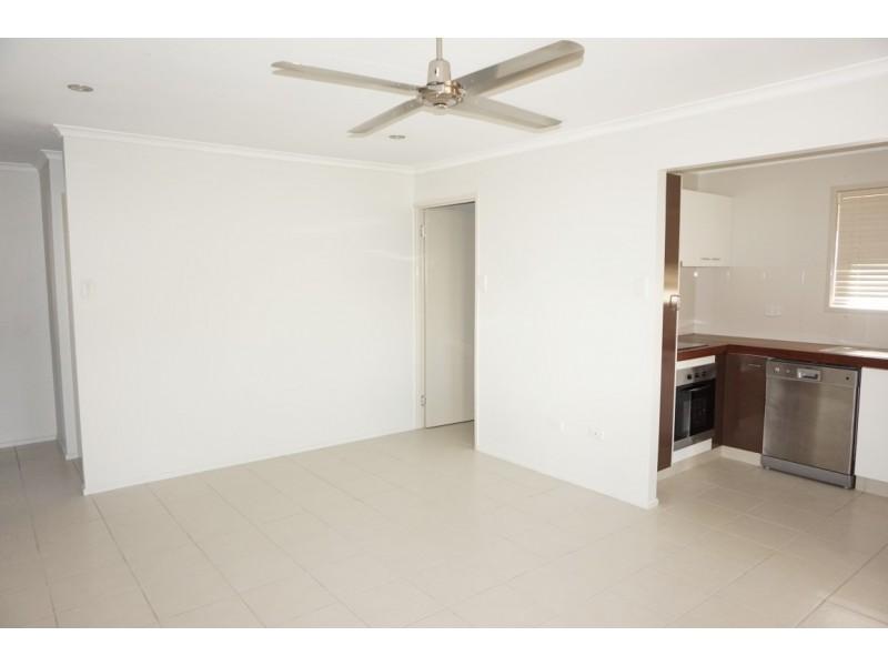 1/13 Hamlet St, Mackay QLD 4740