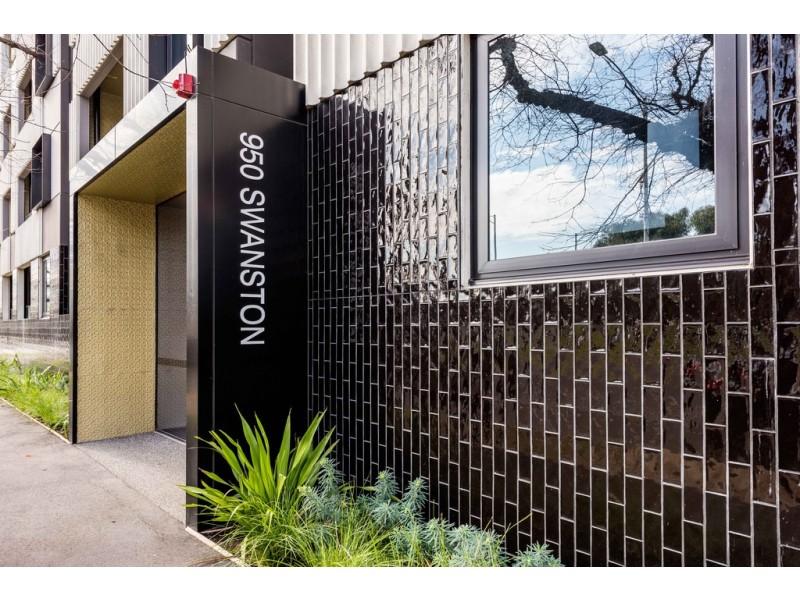 402/950 Swanston Street, Carlton VIC 3053
