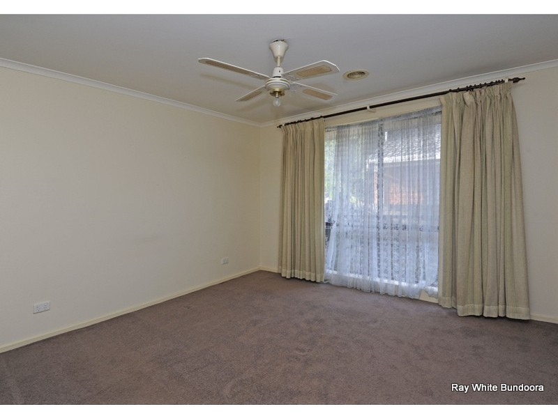 174 Roycroft Avenue, Mill Park VIC 3082