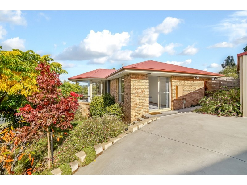 73 Willowbend Road, Kingston TAS 7050
