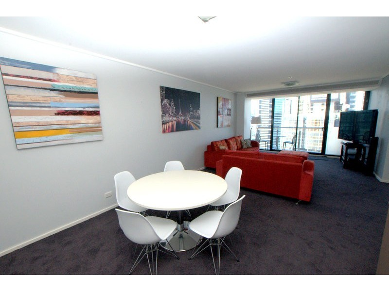 REF 081409/173 City Road, Southbank VIC 3006