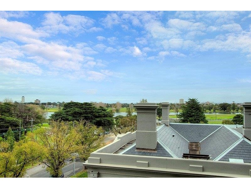 312/55 Queens Road, Melbourne VIC 3000