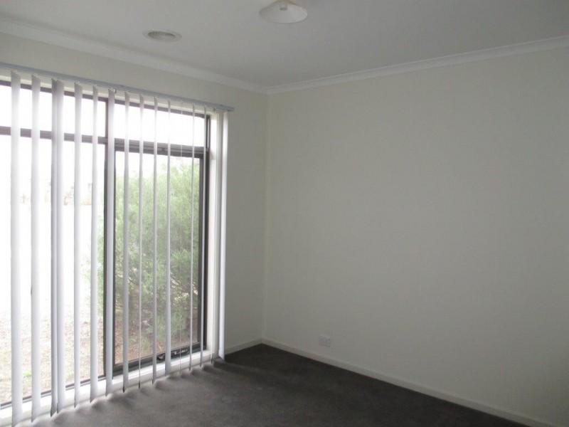 14 Andrew Road, Truganina VIC 3029
