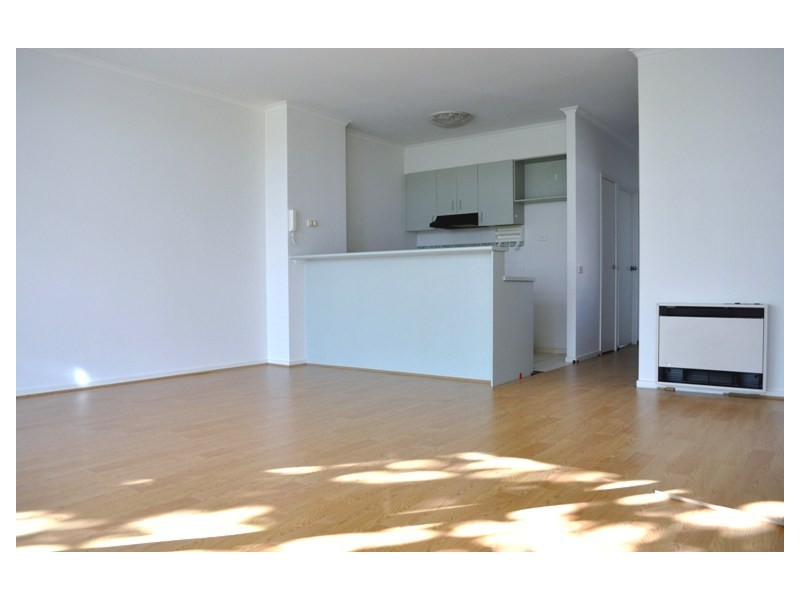 REF 21651/1062 Lygon Street, Carlton VIC 3053